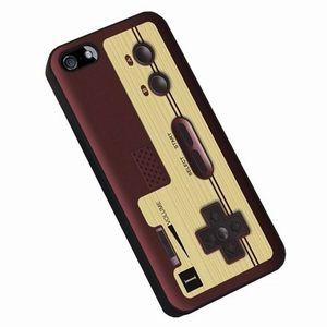 懐かしのファミコンコントローラがケースに「iPhoneケース」