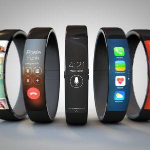 Apple、ウェアラブルデバイス「iWatch」10月発売?